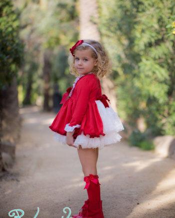 vestido rojo vuelo