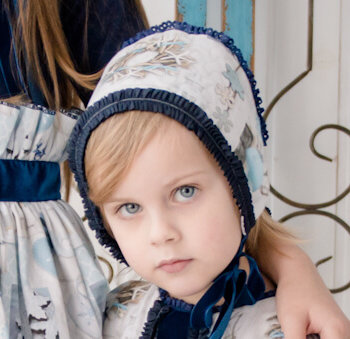 capota niña tonos azules