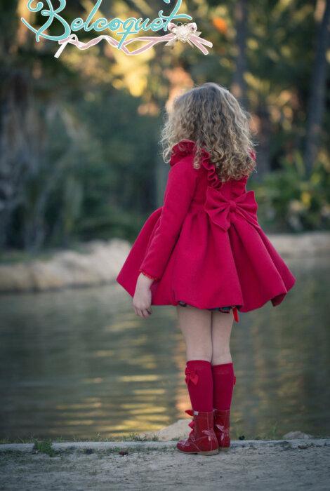 abrigo rojo back