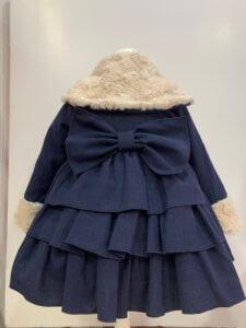 abrigo niña vuelo pelo azul marino volantes lazo