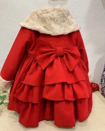 abrigo niña vuelo pelo rojo volantes lazo